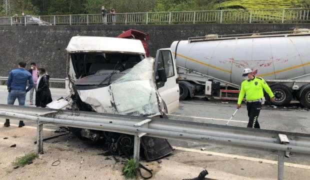 Rize'de trafik kazası: 2 yaralı