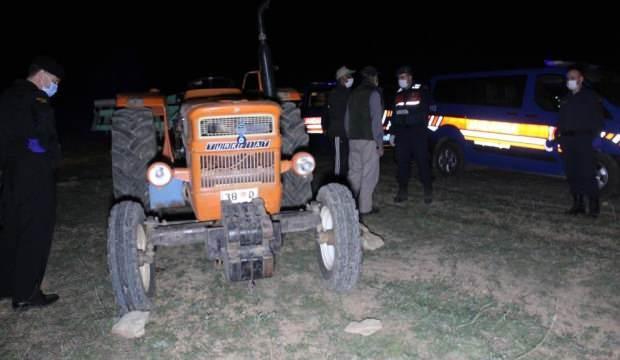 Traktörün altında kalan çiftçi hayatını kaybetti