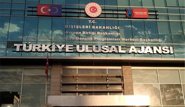 KPSS 70 puan ile Türkiye Ulusal Ajansı memur alım ilanı! Başvurular devam ediyor!