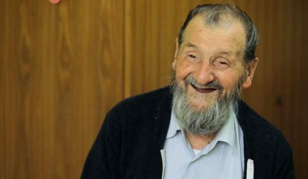 92 yaşındaki Himzo dede, ramazanı buruk yaşıyor