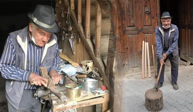 Atalarından kalma 300 yıllık düğmeli evde 50 yıldır sanatını sürdürüyor!