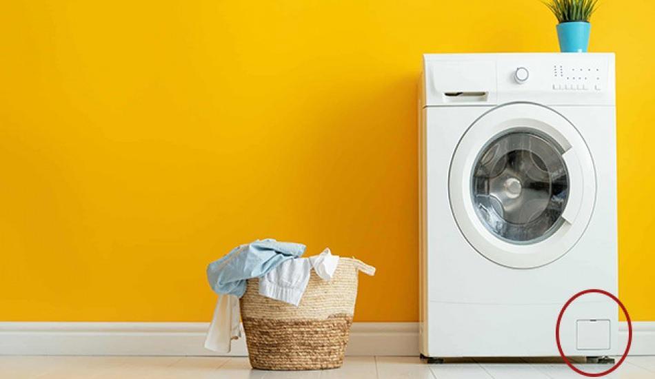 Çamaşır makinesi filtresi nedir? Çamaşır makinesinin köşesindeki kapak ne işe yarıyor?
