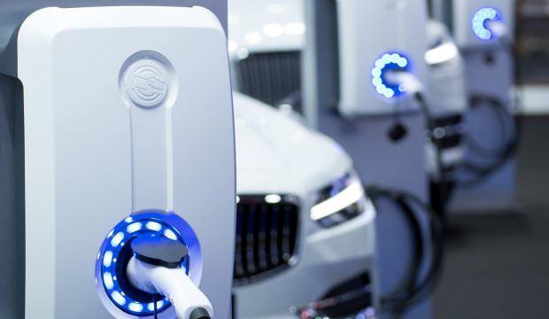 Elektrikli araçlar, 120 milyar dolarlık satışla rekor kırdı
