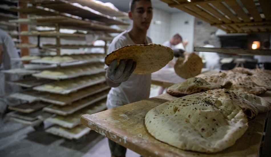Osmanlı usulü somun ekmeği nasıl yapılır? Enfes somun tarifi
