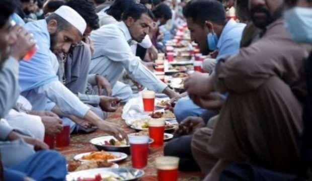 Pakistan'dan ramazan manzaraları
