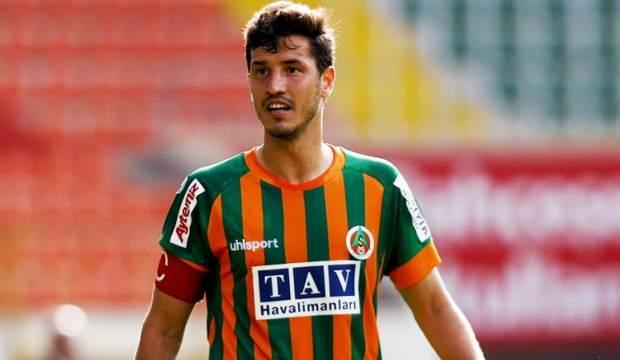 Salih Uçan'ın Beşiktaş'la anlaştığı iddia edildi!