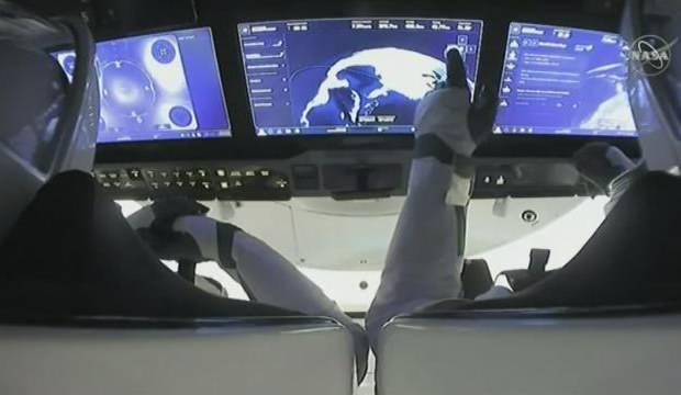 Uzay İstasyonunda görevli 4 astronot dünyaya döndü