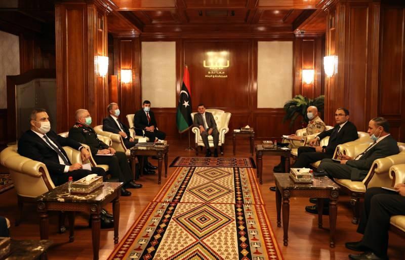 Libya Başbakanı Dibeybe ve Türk heyeti
