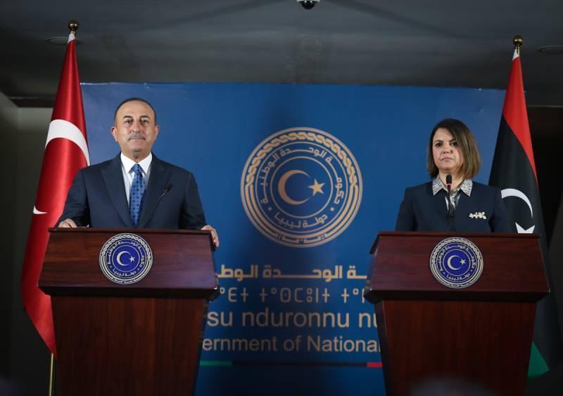 Dışişleri Bakanı Mevlüt Çavuşoğlu ile Libya Dışişleri Bakanı Necla Manguş, görüşmenin ardından ortak basın toplantısı düzenledi.