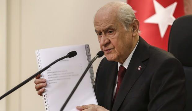 Bahçeli'nin yeni anayasa teklifi sonrası dikkat çeken öneri