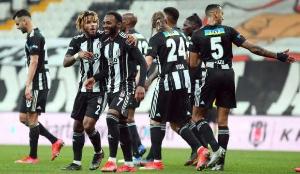 Beşiktaş'ın Galatasaray derbisi kadrosu belli oldu