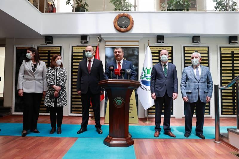 Son dakika: Bakan Fahrettin Koca 'test' iddiasını yalanlayıp müjdeyi verdi!