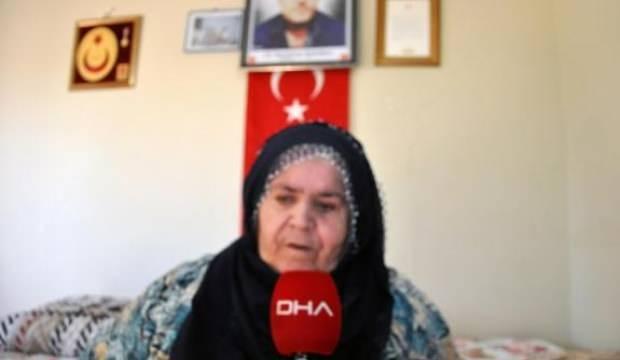 Görme engelli şehit annesi: Onu yanımda hissediyorum