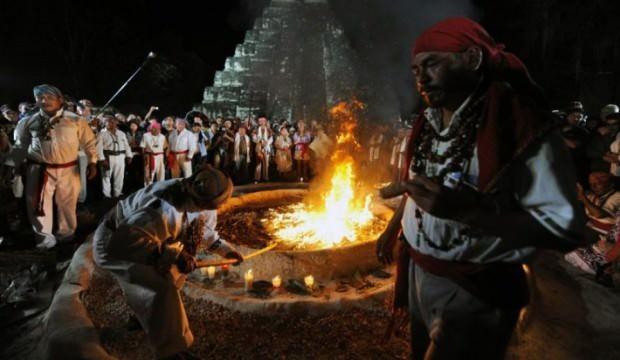 Meksika, Maya halkından özür diledi