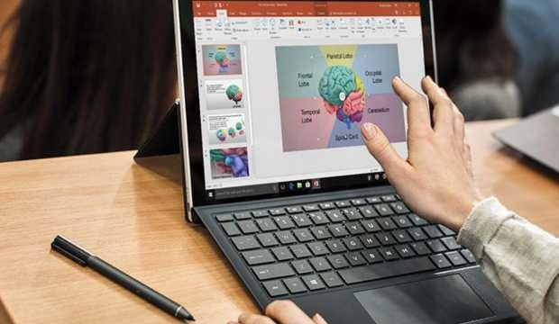 Microsoft Türkiye, İŞKUR ve MEB'den 25 bin gence dijital yetkinlik eğitimi