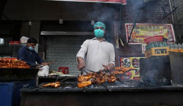 Ramazanı geleneksel sokak yiyecekleri süslüyor