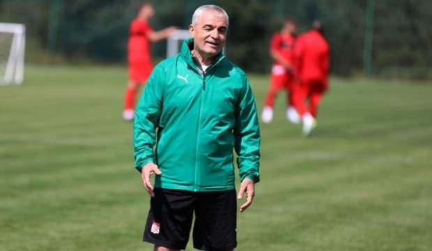 Sivasspor'da Rıza Çalımbay ve 11 oyuncu serbest kaldı!