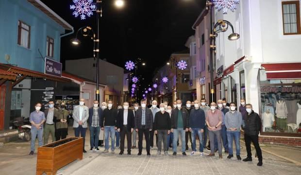Şile bezi motif görselleri Üsküdar Caddesi'ni aydınlatıyor!