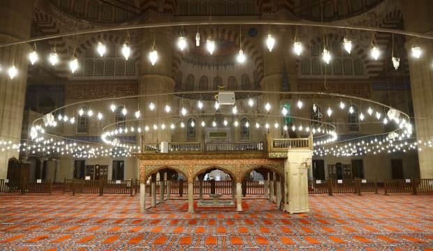 Türk-İslam mimarisinin zirve eserinde korona sessizliği