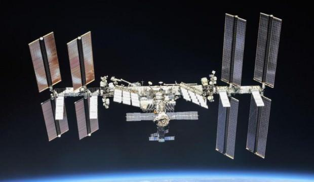 Rusya, film çekimi için uzaya yönetmen ve oyuncu gönderiyor