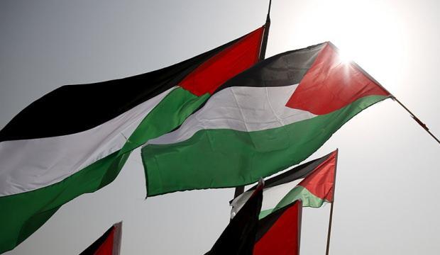 Şanlıurfalı 3 kardeş harçlıklarını Filistin'e bağışladı
