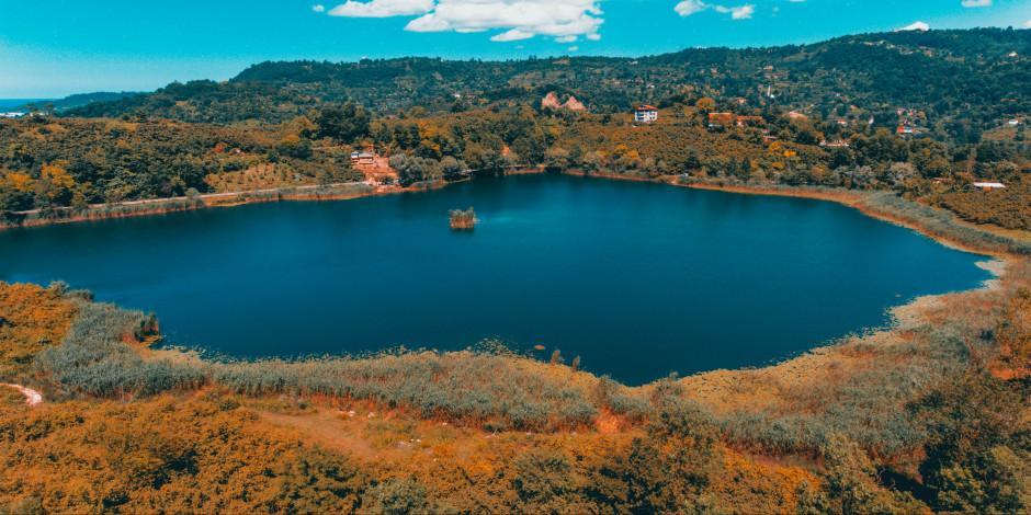Denize en yakın göl turizme açılmayı bekliyor