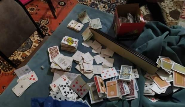 Diyarbakır'da kumar oynatılan eve baskın