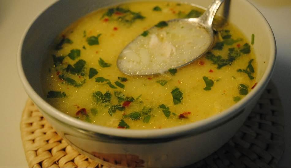En kolay şehriyeli tavuk çorbası nasıl yapılır? Şehriyeli tavuk çorbasının püf noktaları