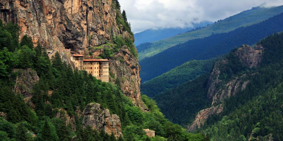 Sümela Manastırı ziyarete açılmaya hazırlanıyor