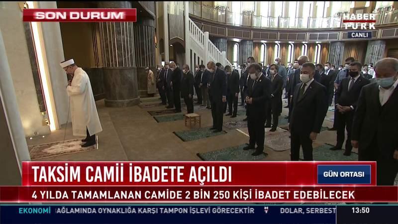Cuma namazını Diyanet İşleri Başkanı Ali Erbaş kıldırdı.