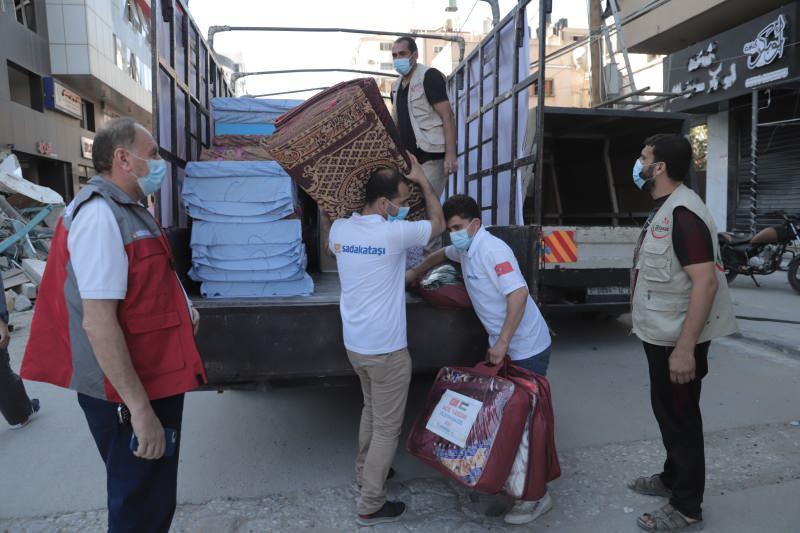 Sadakataşı Gazze'ye yardım ulaştırmayı sürdürüyor