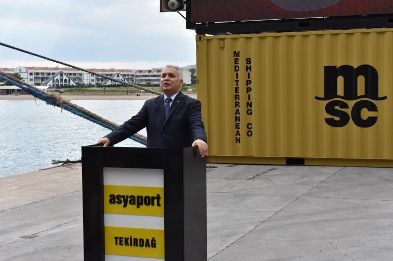 MEDLOG Gemicilik filosuna Türk bayraklı en büyük konteyner gemisi MED AYDIN'ı ekledi