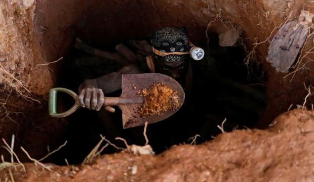 Gana'da kaçak altın madeninde göçük: 9 ölü