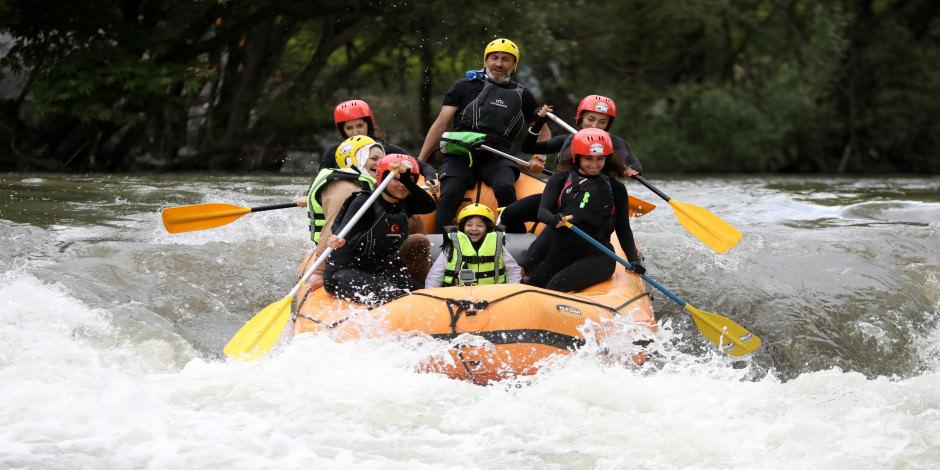 Marmara'nın ilk rafting parkurunda adrenalin dolu anlar