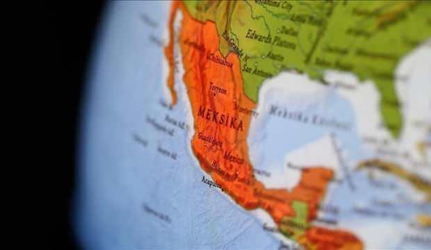Meksika'da maden ocağındaki göçükte 7 kişi mahsur kaldı
