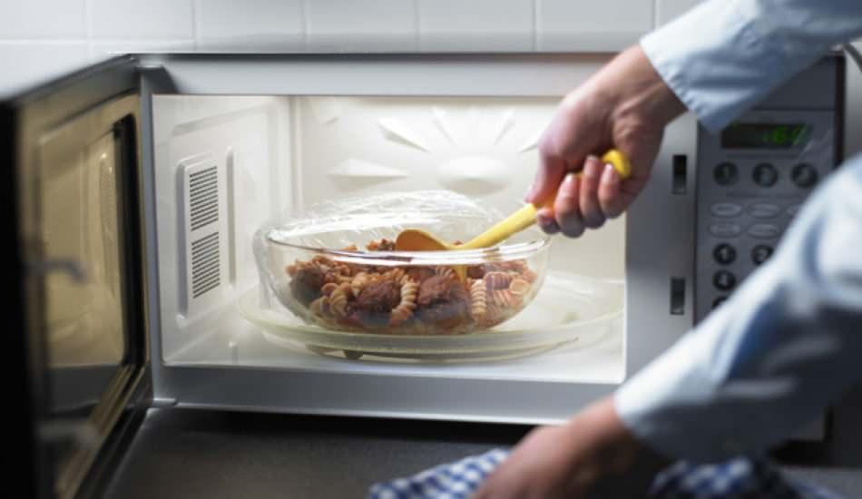 Mikrodalgada ısıtıldığında zehirleyen besinler