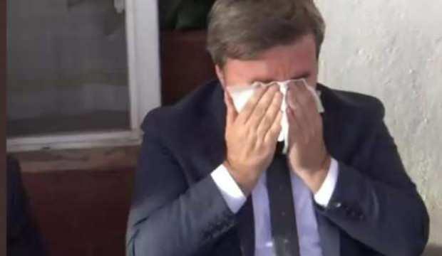 Vali'nin gözyaşları herkesi ağlattı! Adamın dibisin...