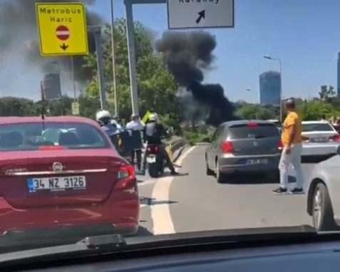 15 Temmuz Şehitler Köprüsü'nde yangın paniği.