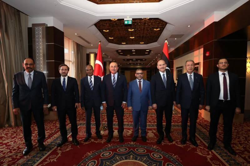 Dışişleri Bakanı Çavuşoğlu, Libya Devlet Yüksek Konseyi Başkanı Mişri ile görüştü