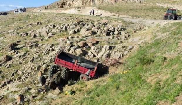 Feci ölüm! Traktör uçuruma yuvarlandı