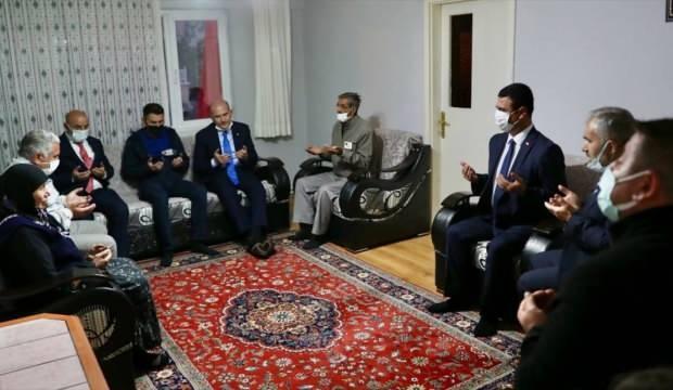 İçişleri Bakanı Soylu'dan şehit jandarma Keleş'in ailesine taziye ziyareti
