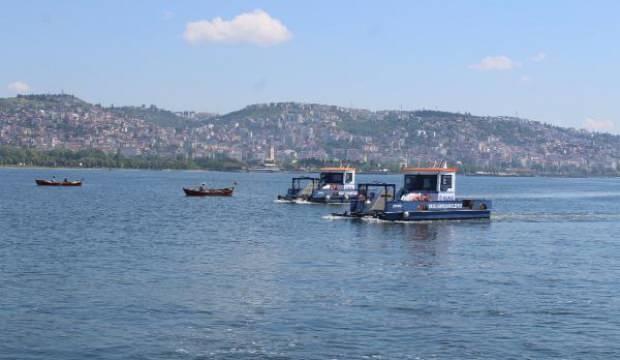 İzmit Körfezi'nde müsilaj kısmen temizlendi, balıkçılar açıldı