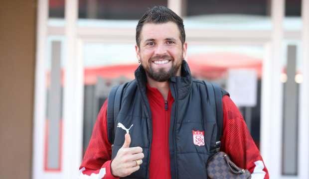 Claudemir, Sivasspor'da devam edecek!