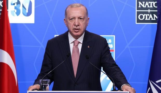 Erdoğan, Altın Lig'de şampiyon olan Filenin Efeleri'ni tebrik etti!