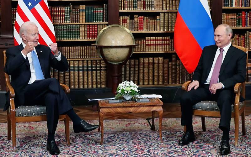 ABD Başkanı Joe Biden ile Rusya Devlet Başkanı Vladimir Putin