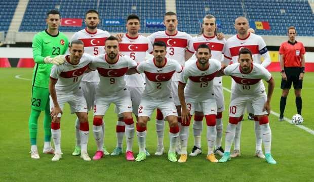 Beşiktaş'tan Kaan Ayhan ve Kenan Karaman atağı!