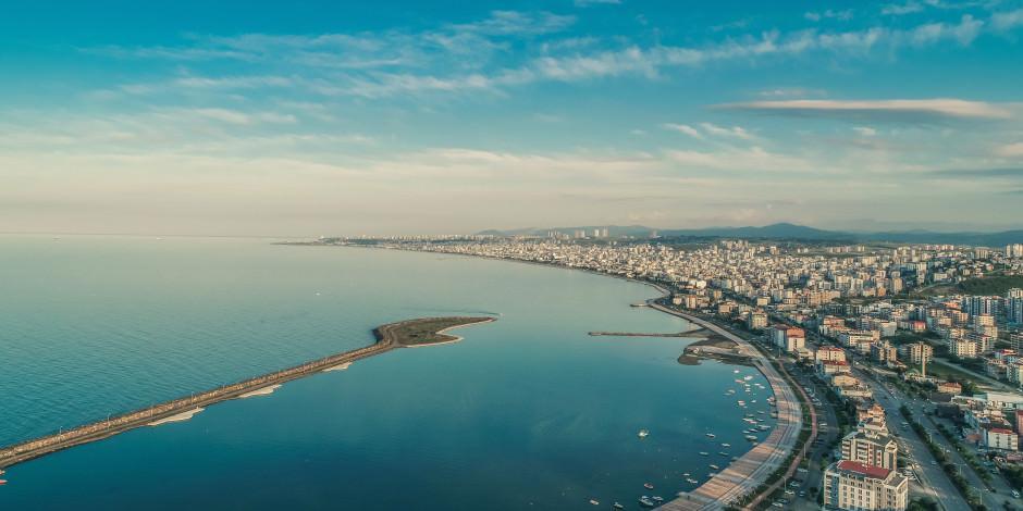 Karadeniz'in 13 mavi bayraklı plaja sahip tek şehri