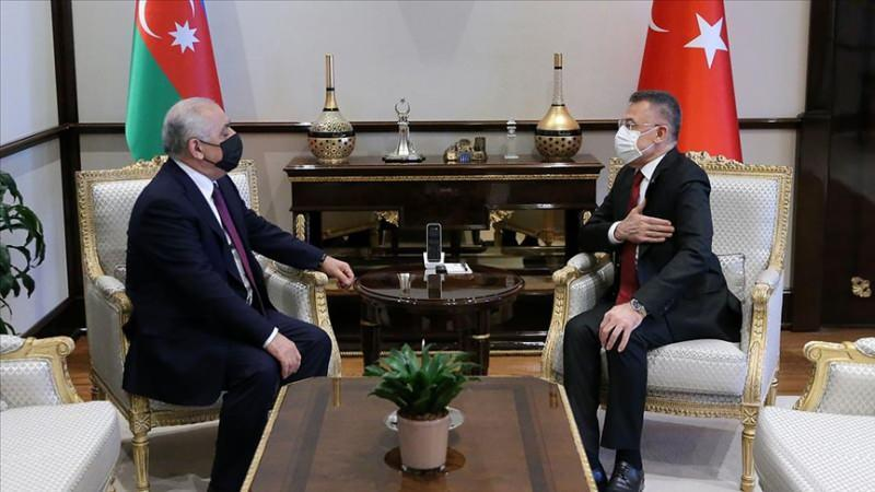 Cumhurbaşkanı Yardımcısı Fuat Oktay ile Azerbaycan Başbakanı Ali Esedov