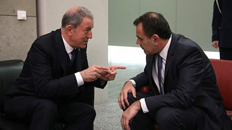Milli Savunma Bakanı Hulusi Akar ve Yunanistan Savunma Bakanı Panagiotopulos.