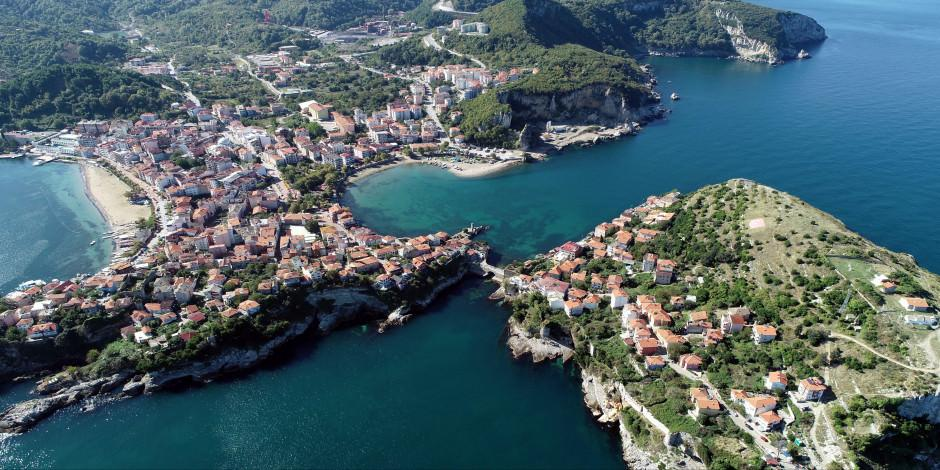 Ne Akdeniz ne Ege! Tatilciler bu yıl Karadeniz sahillerine akın etti